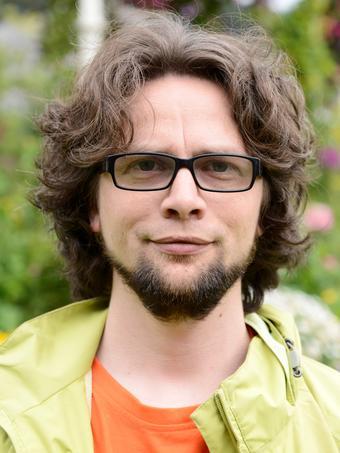 Portrettfoto Sondre Båtstrand