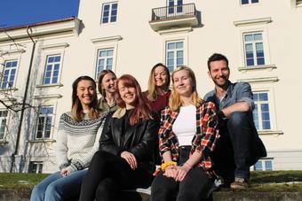 Representanter fra Redaksjonen til Værtinnen og Havmesteren.