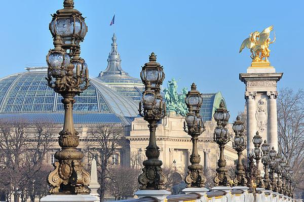 Le Grand Palais depuis le pont Alexandre III
