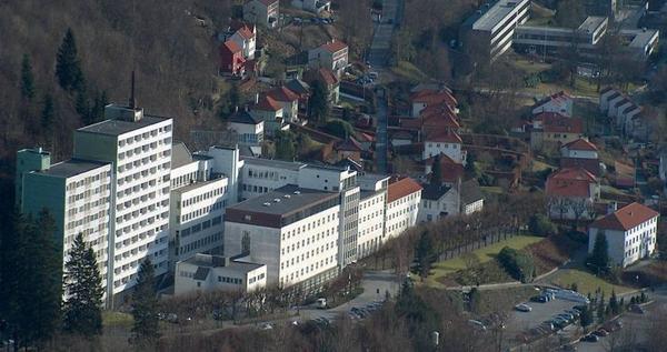 Luftfoto av sykehuset