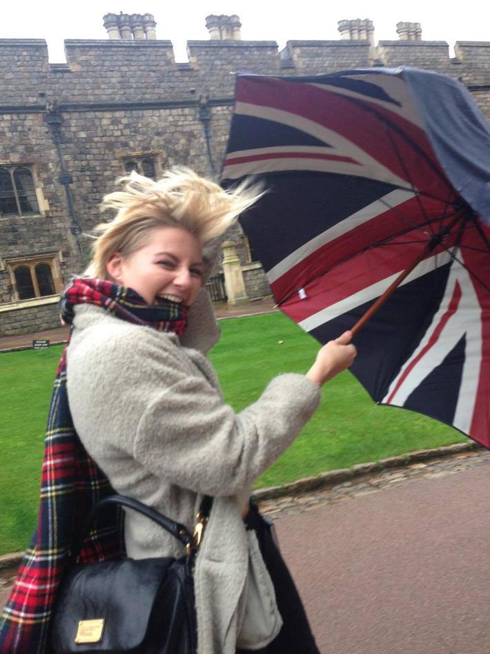 paraply med britisk flagg