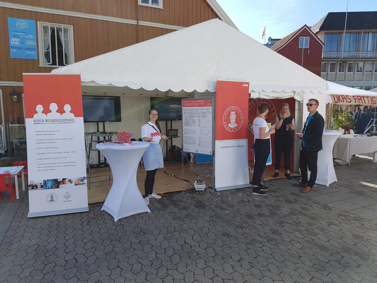 UiB-stand at Arendalsuka
