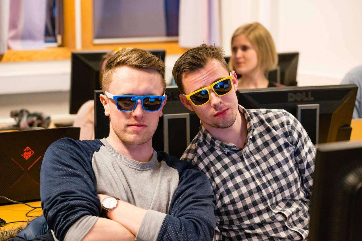 Deltakerne Kristian Rosland og Kunt Anders Stokke under årets Hash Code.