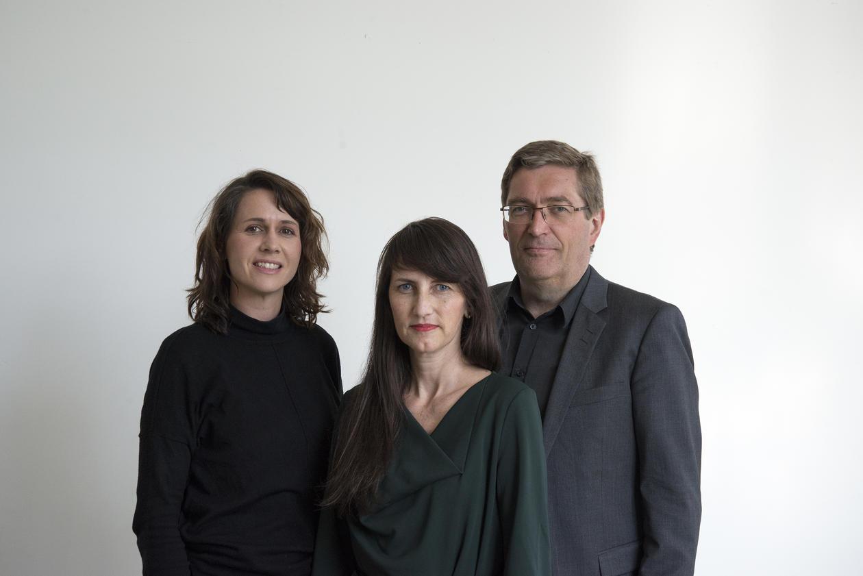 F.v. Linda Lien, Anne-Helen Mydland og Frode Thorsen blir nye dekaner ved KMD