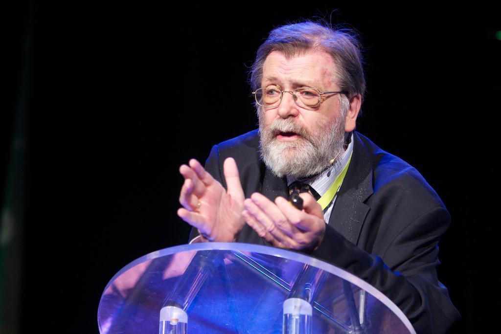 Professor Frank Aarebrot
