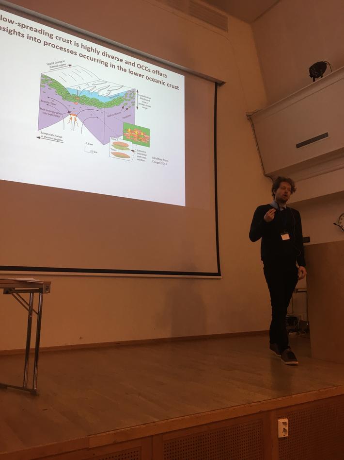 Anders Bjerga presenting his phd