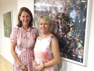 Bilde av SEFAS' leder og eldreministerens på sistnevntes kontor