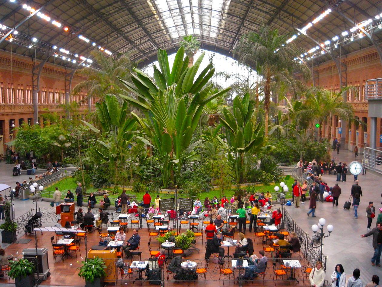 Atocha jernbanestasjon, Madrid