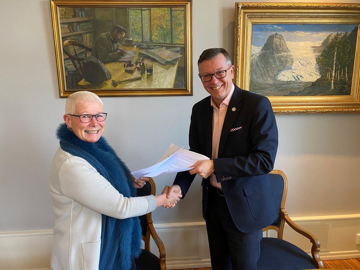 Signerte avtale med NAV Vestland