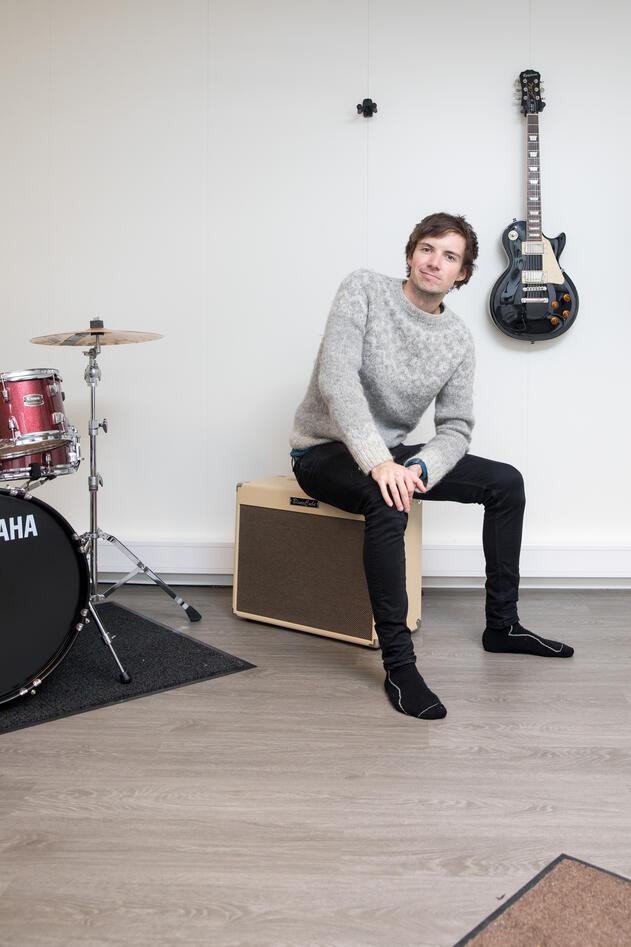 Alexander Bjotveit har studert musikkterapi