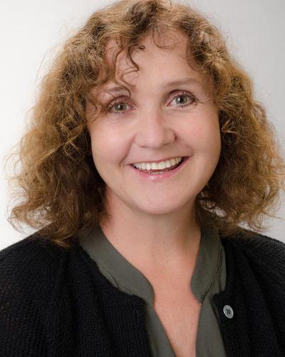 Astrid Blystad