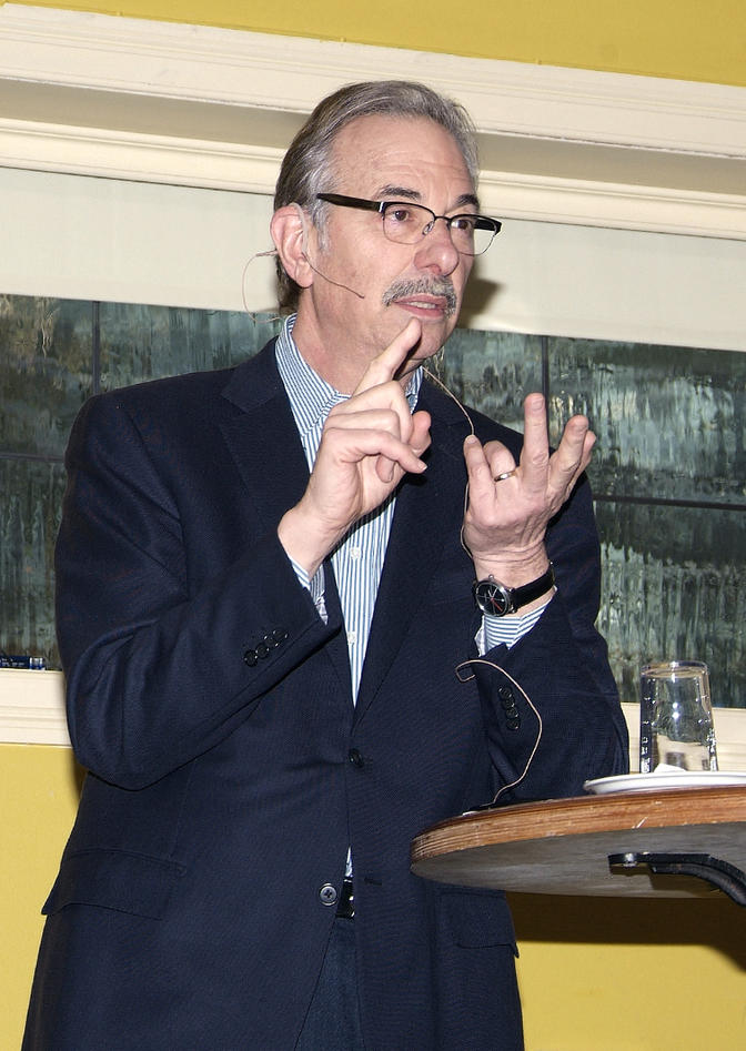 Bruce Zetter (Boston) speaks at the 2nd CCBIO symposium at Solstrand (2014)