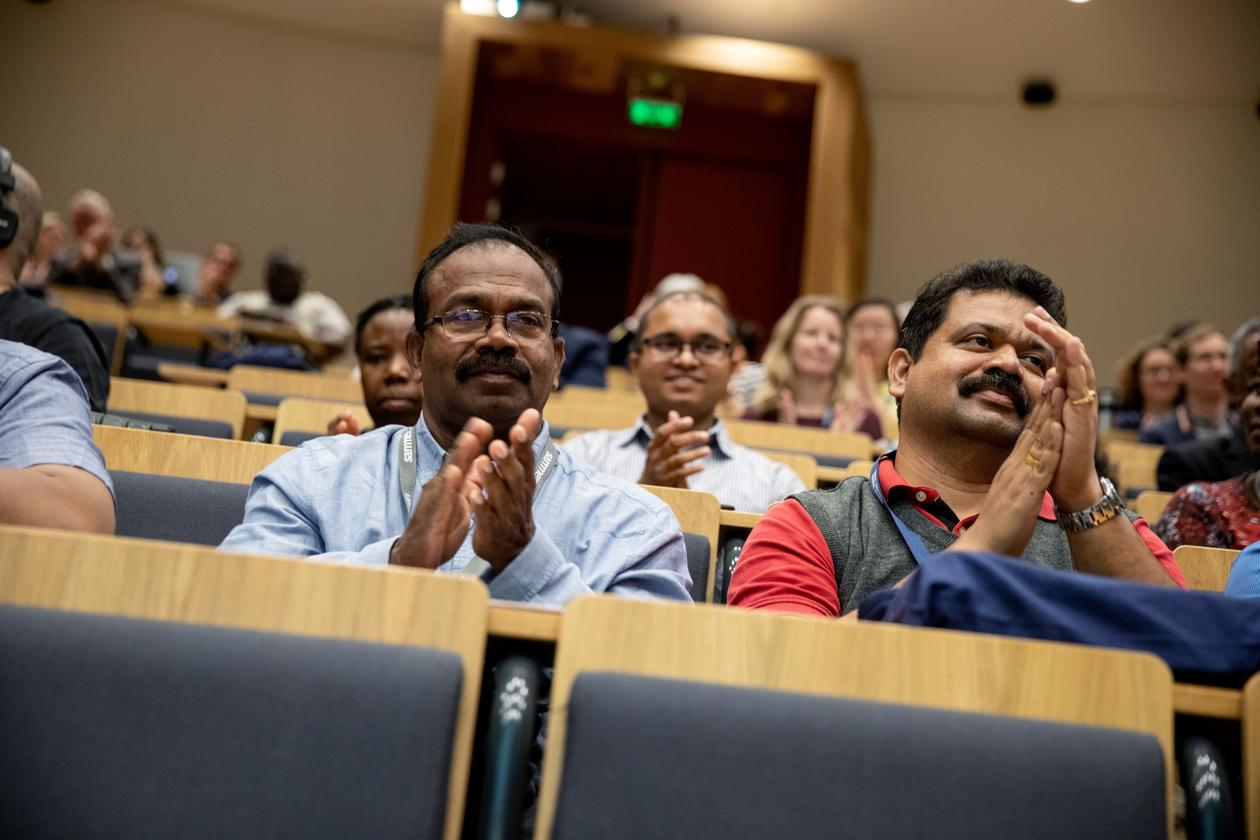Audience applauding during the opening day of the 2019 Bergen Summer Research School on Monday 17 June.