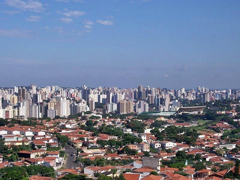 Utsikt over by