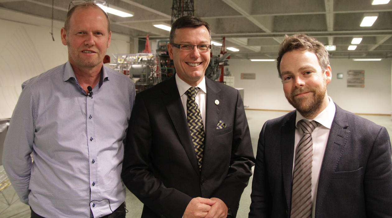 Left to right: Centre for Geobiology Director Rolf Birger Pedersen, University of Bergen Rector Dag Rune Olsen and Norway's Minister of Education and Research, Torbjørn Røe Isaksen, at the opening of a new marine research centre in Bergen in January 2014.