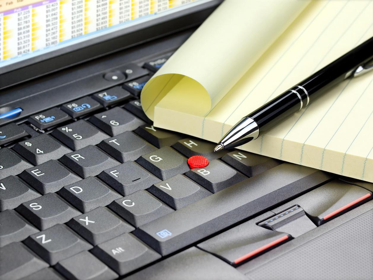 Penn, PC og papir