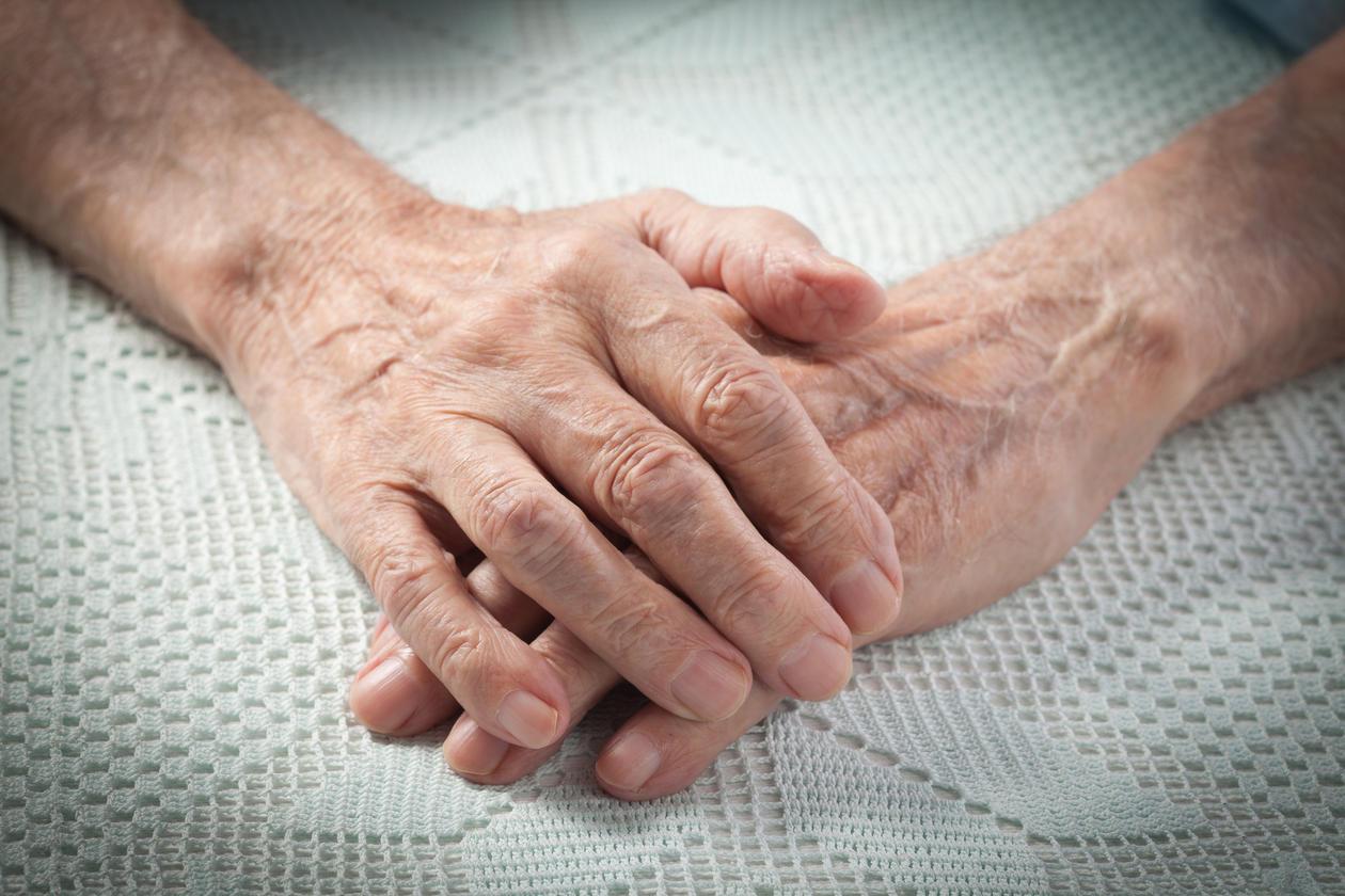 Eldre hender