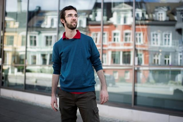 PhD student dating undergrad Street Smart dating