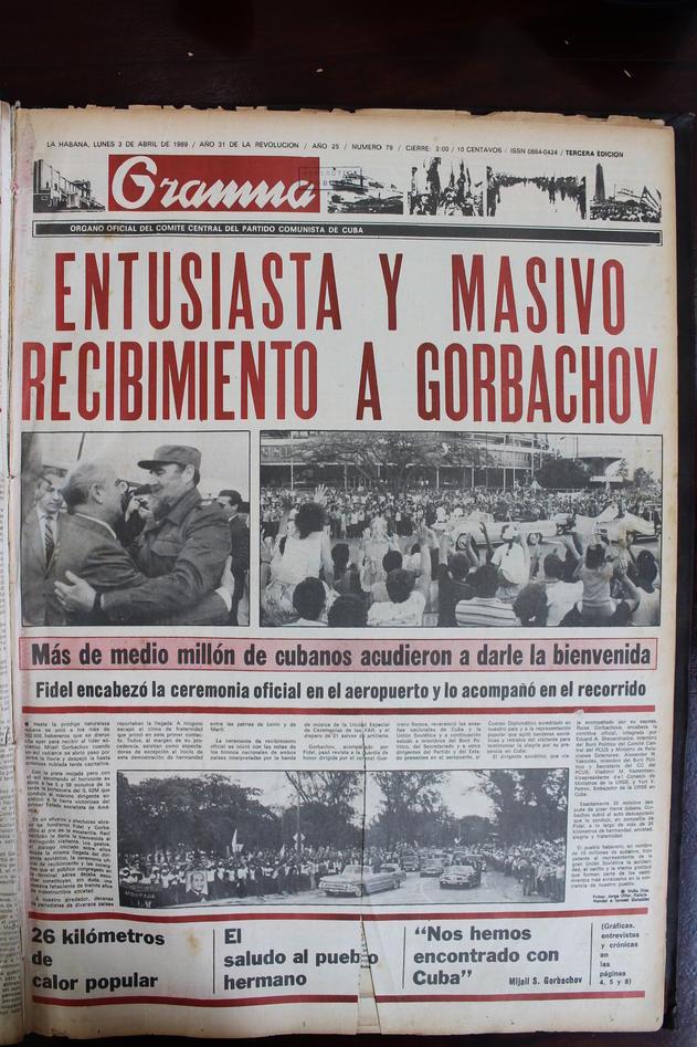 Portada de un periódico cubano