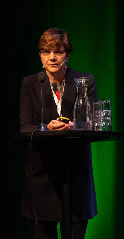 Diane Simone