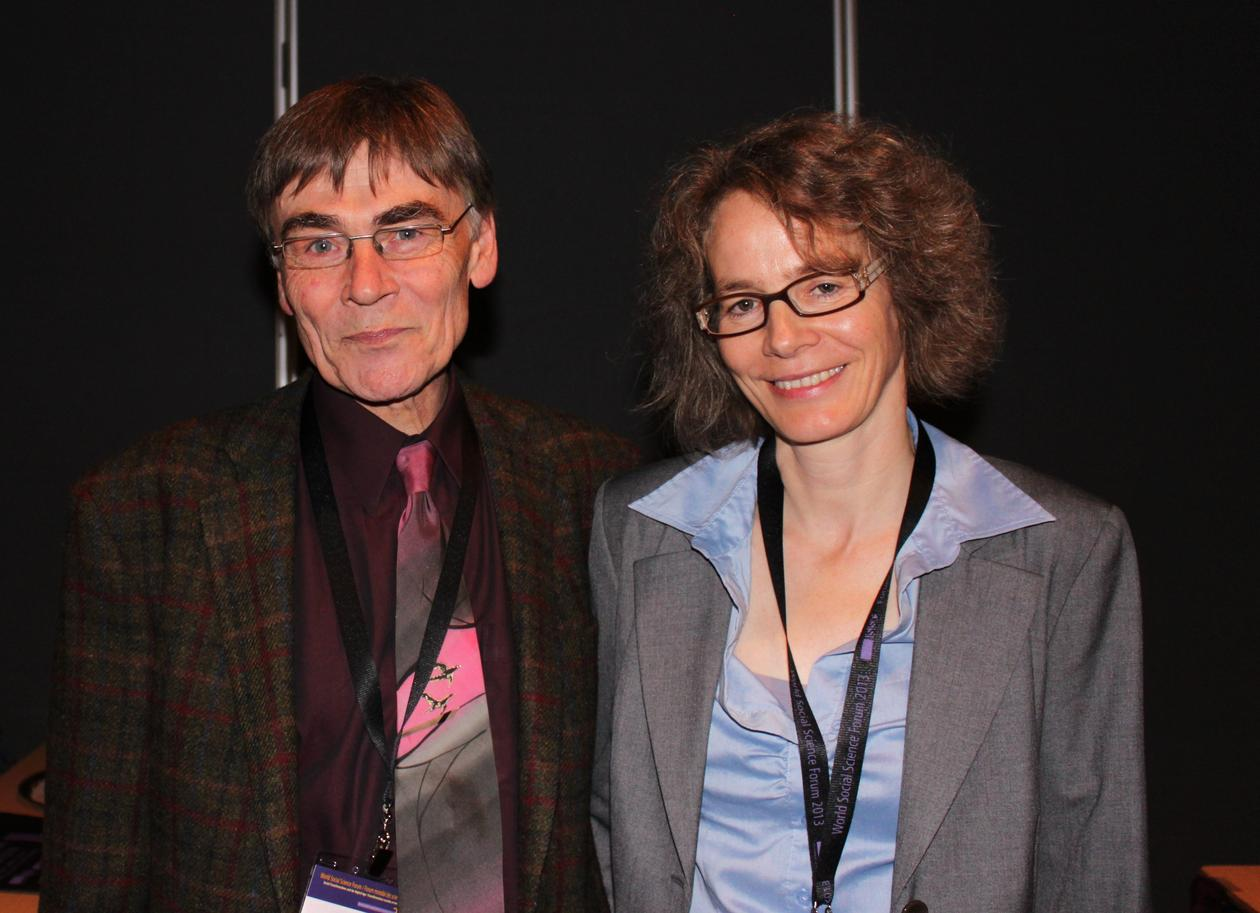 The 2013 Stein Rokkan Prize for Comparative Social Science Research winners Béla Greskovits and Dorothee Bohle.