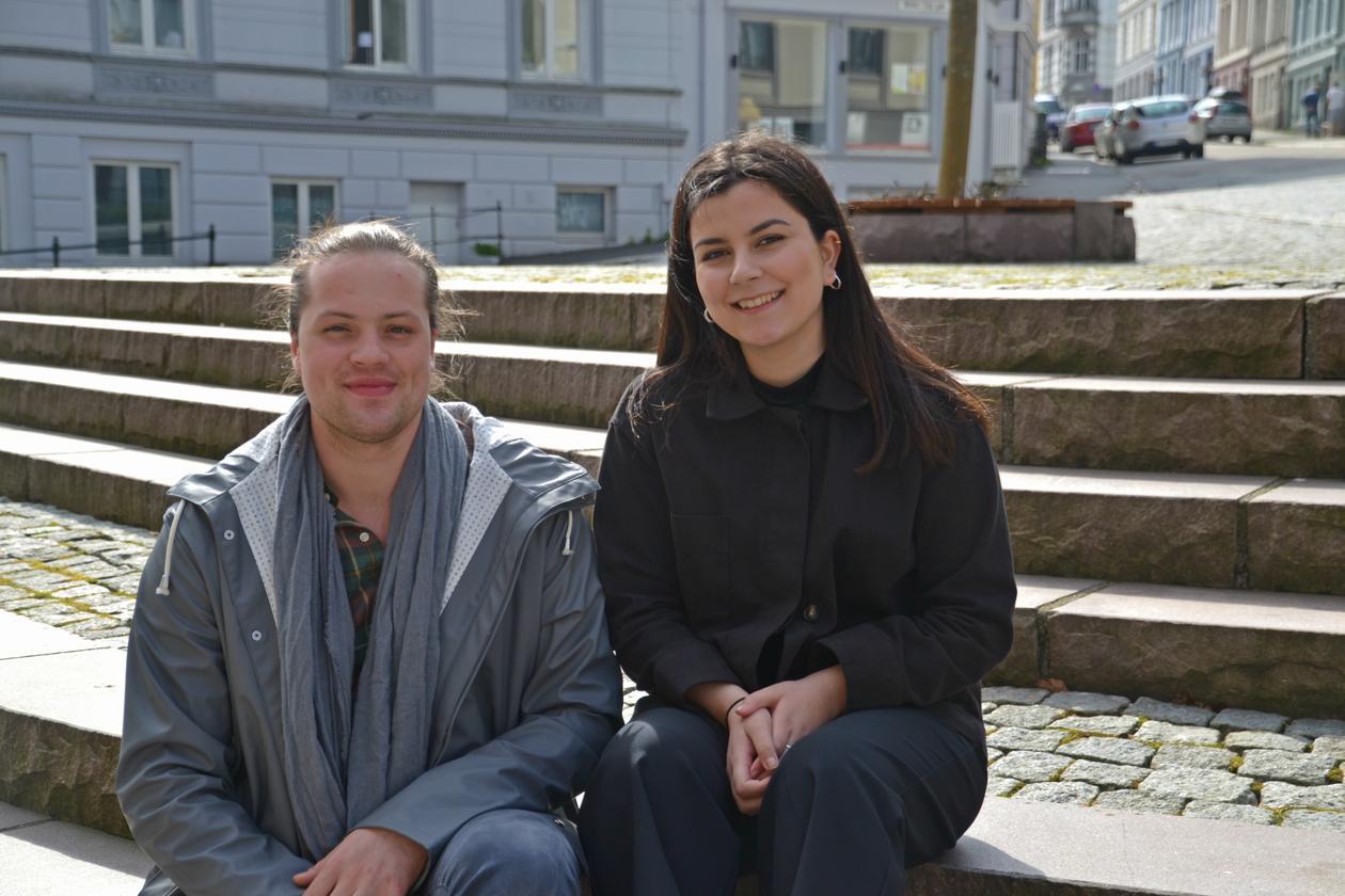 Praksisstudenter Shayan Wasta og Scott Dessingthon