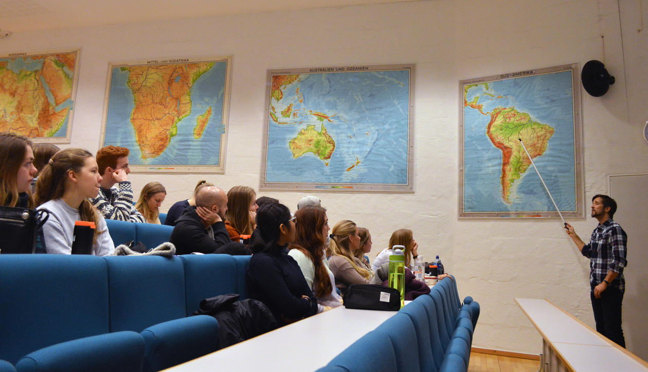 Torkjell Leira viser veien til Brasil
