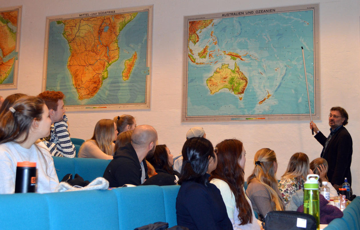 Edvard Hviding finner Fiji på kartet