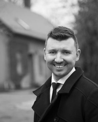 Portrettfoto av Erik Knudsen