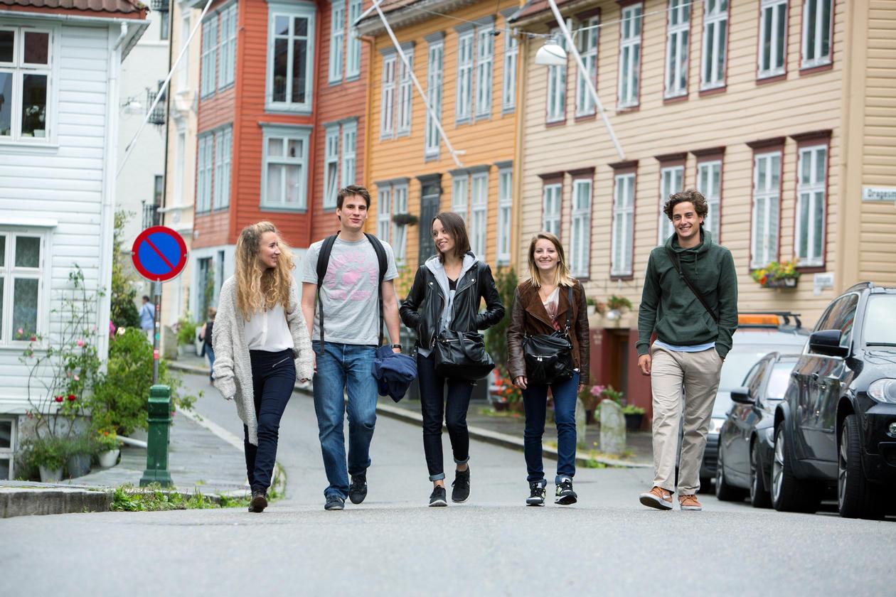 Students at semester startup
