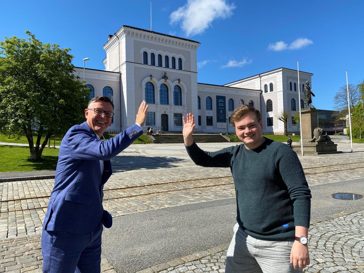 Dag Rune Olsen og Andreas Trohjell jubler for fortsatt selvforvalting