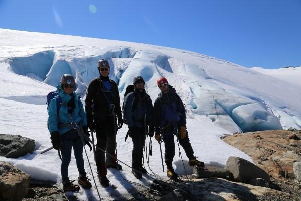 Folgefonn glacier team
