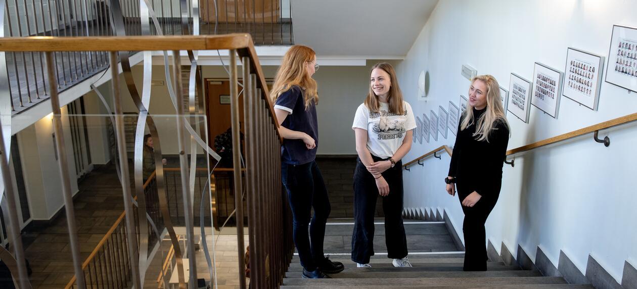 Kvinnelige studenter psykologisk fakultet