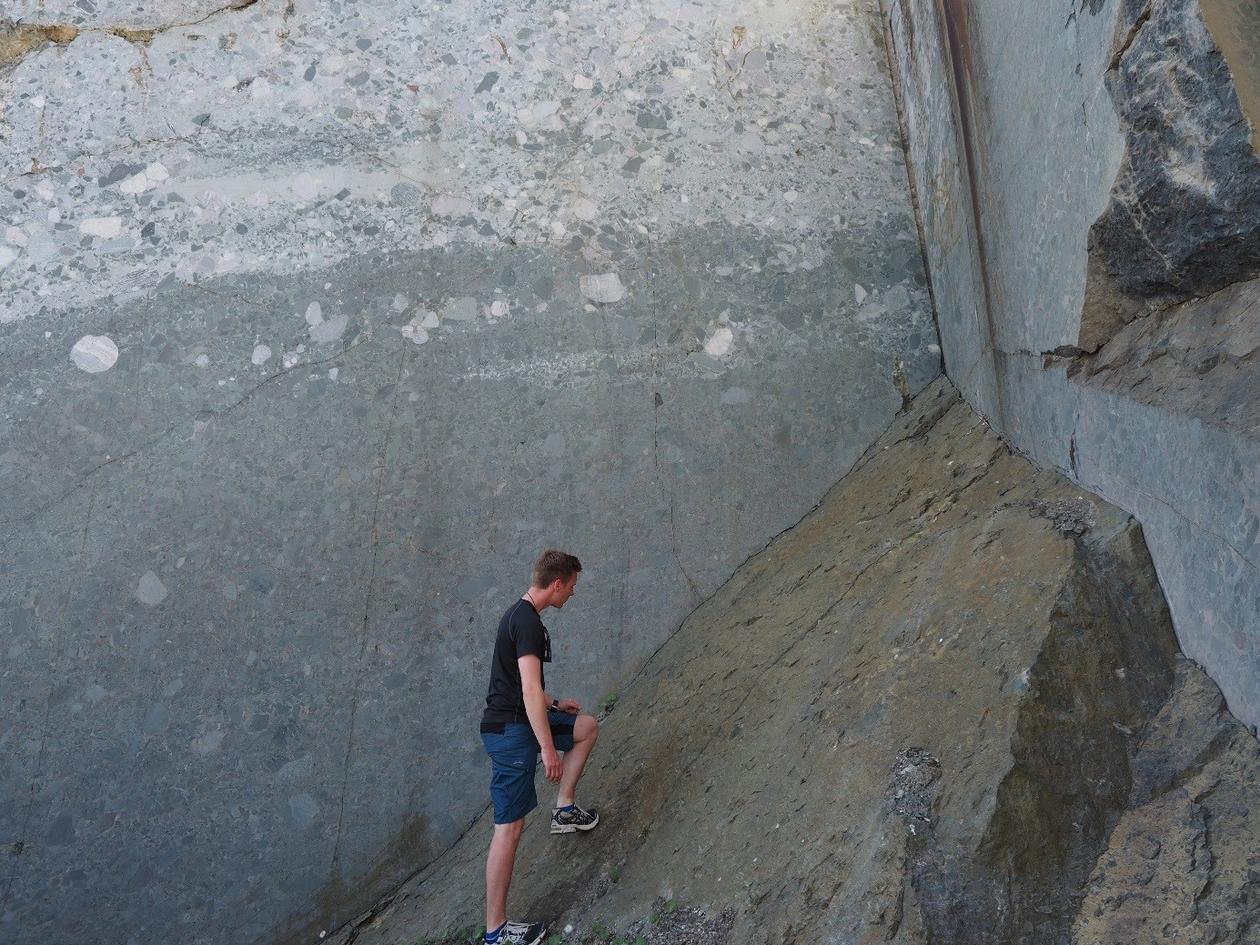 Devonsk konglomerat fra steinbrudd på Landøy