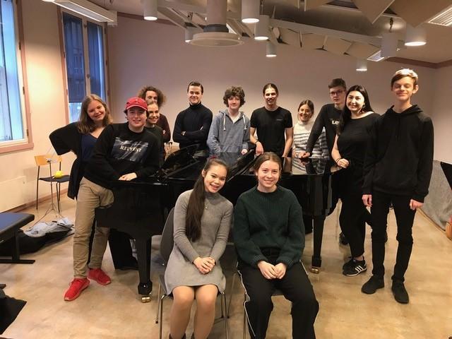 Gruppebilde av GUT-elever 2019