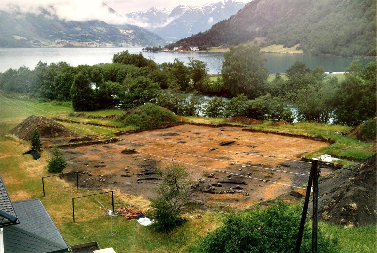 Utgravingsfeltet på Hjelle