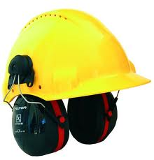 Bilde av en gul hjelm med øreklokker