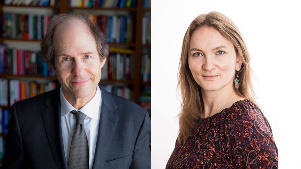 Vinnere av Holbergprisen 2018, Cass Sunstein og Francesca R. Jensenius.