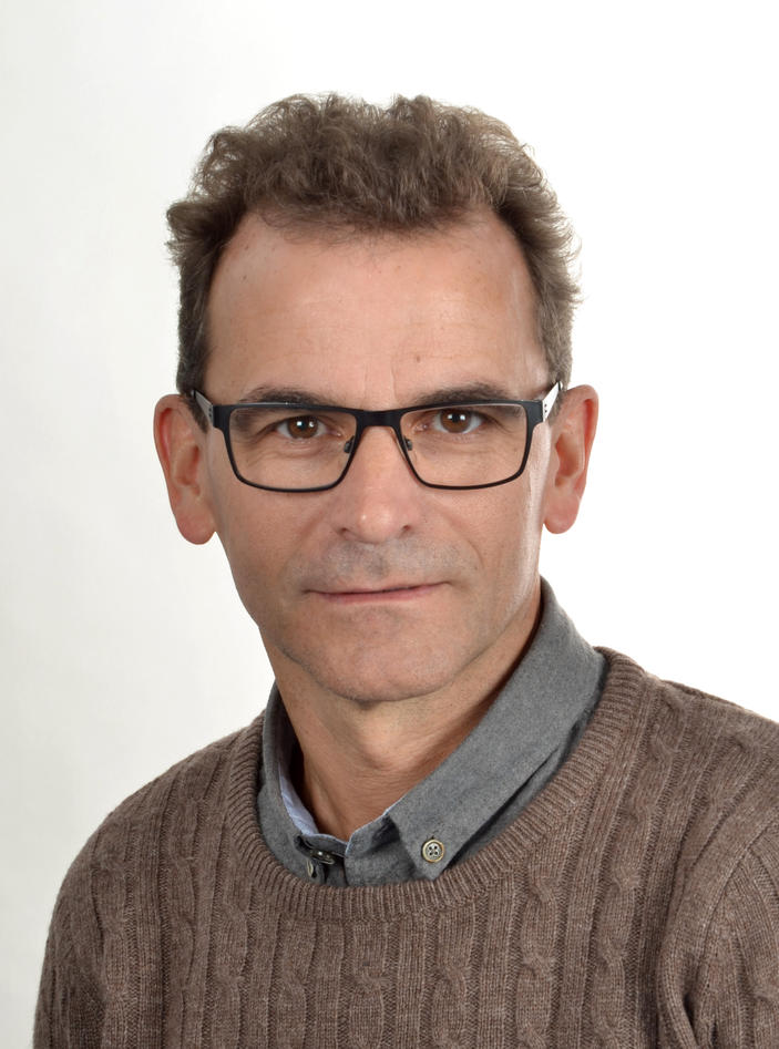 Portrettfoto Nils Henrik Holmedahl