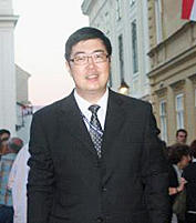 Hongjie Man