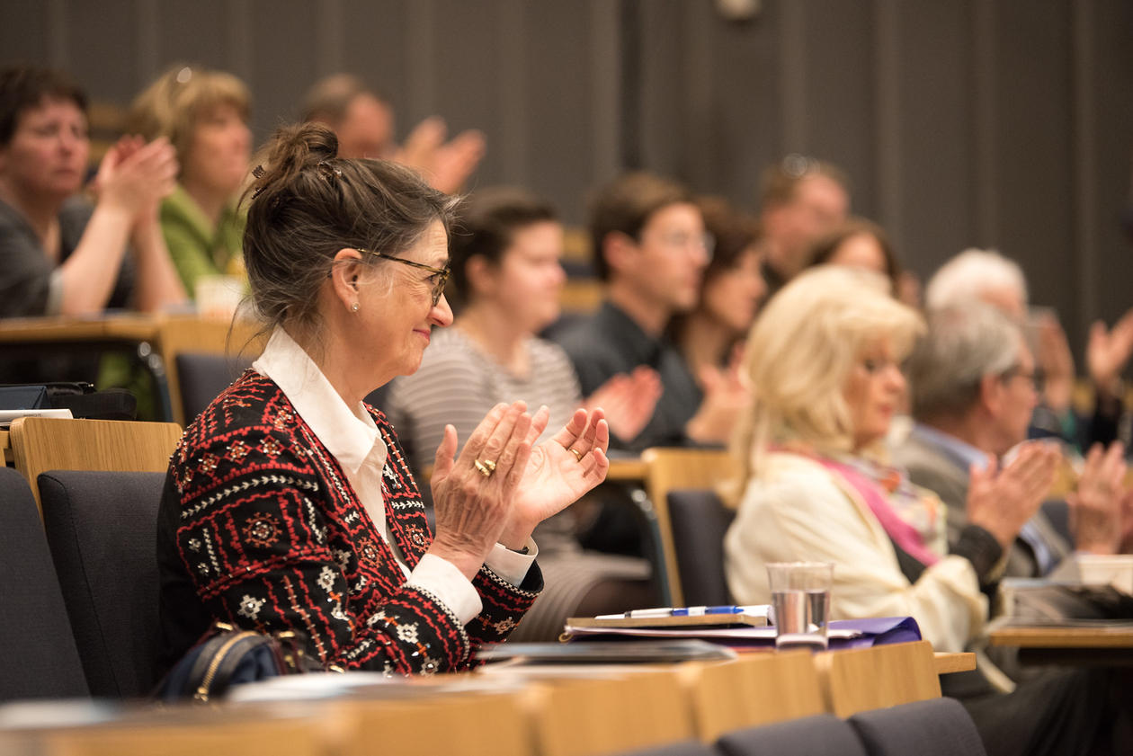 Marina Warner i publikum under symposiet