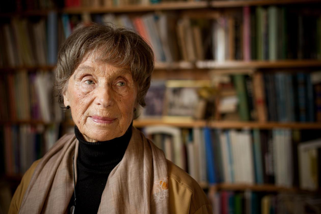 Professor emerita Ida Blom in picture from UiB's magazine Hubro international.