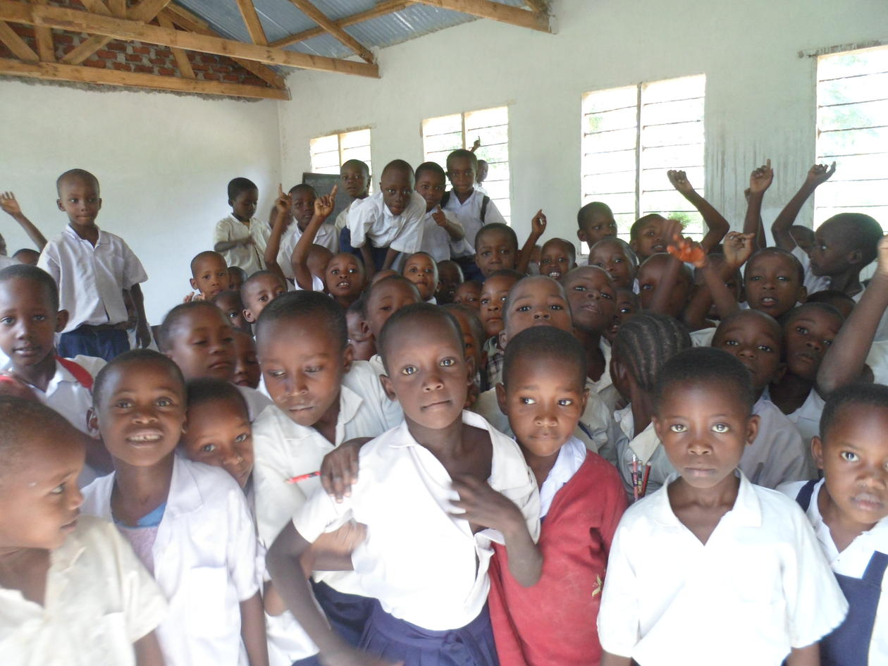 Picture of students at a school in Tanzania