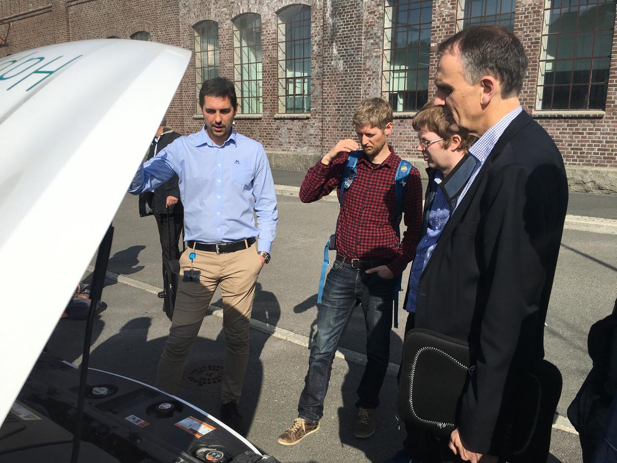 Low Emission Vehicle Display