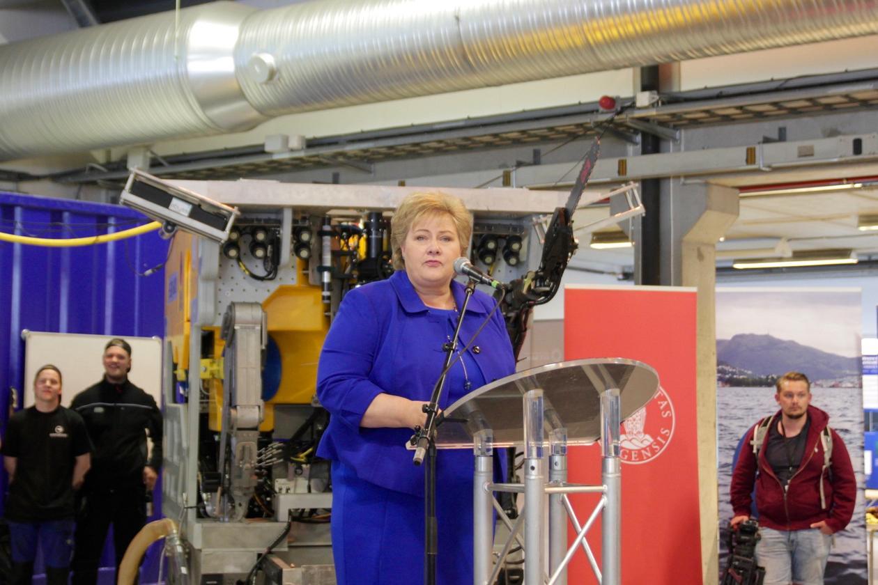 Erna Solberg åpnet Norsk havlaboratorium.