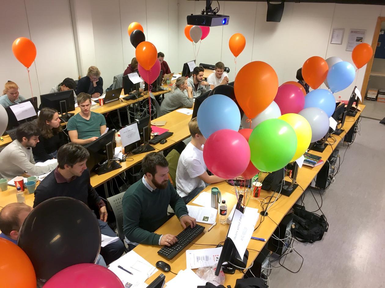 Deltakere i Bergen Open konkurrerer om å samle ballonger