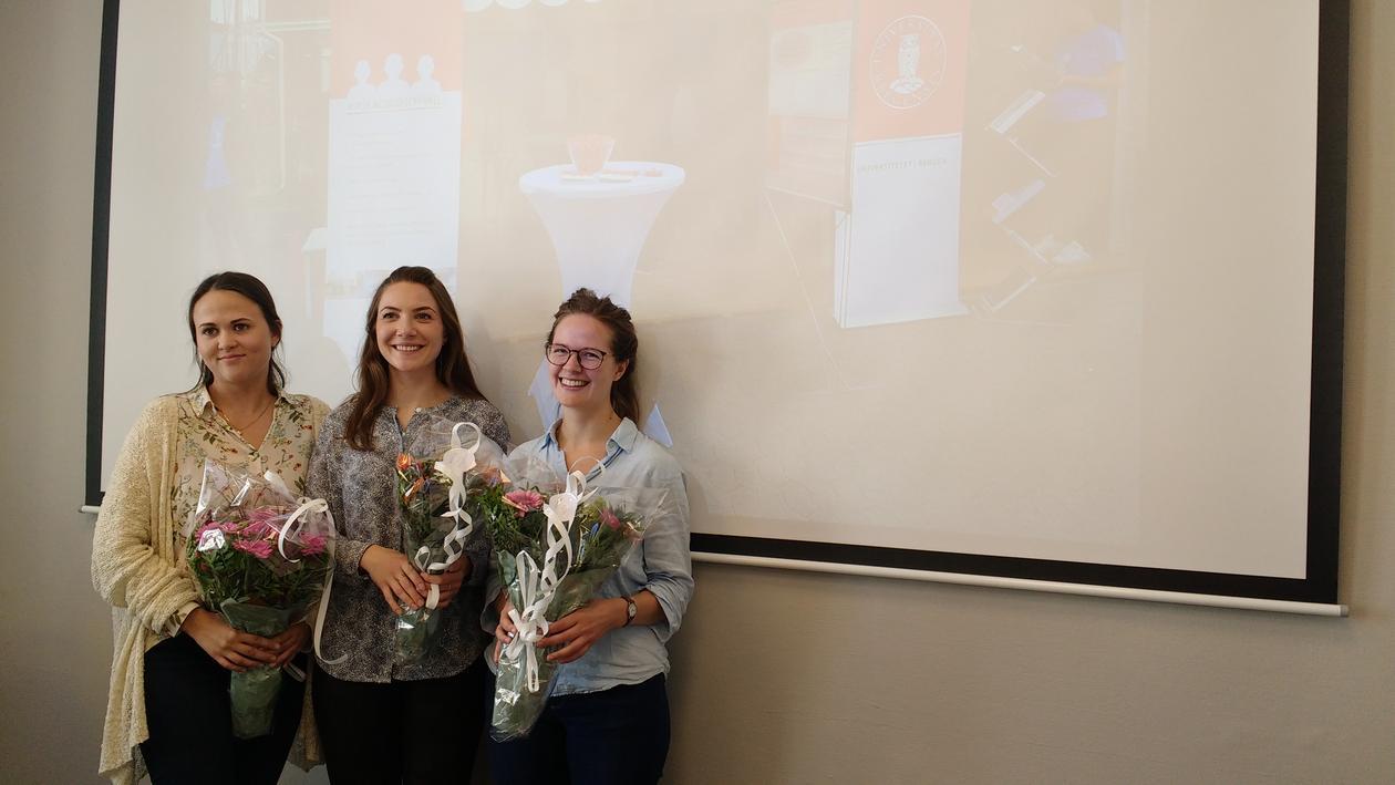 Eidheim, Rødeseike and Langaas receiving flowers