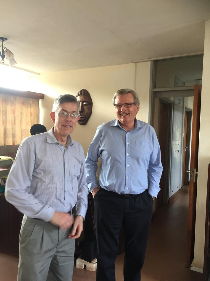 Per Bakke and Tore Sætersdal in an office