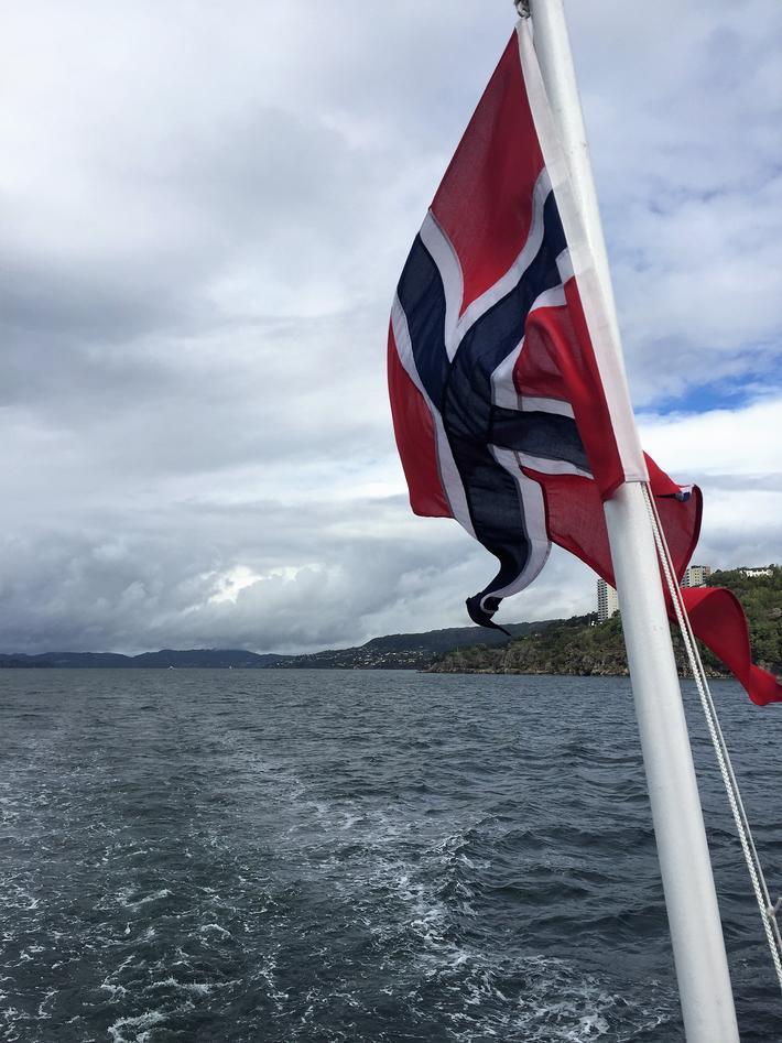 Flagg på båt