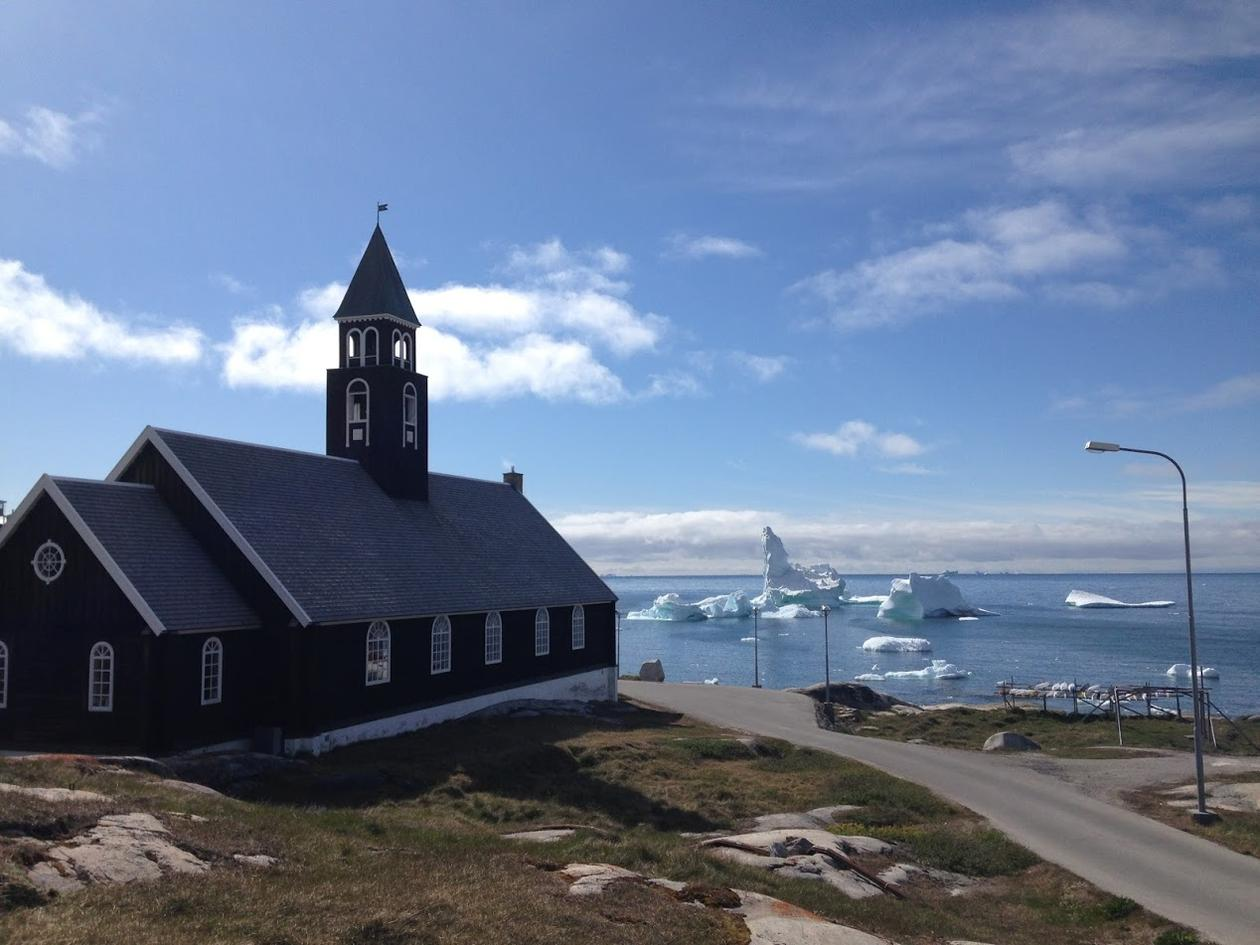 kirke og isflak